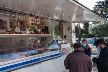 Boucherie - charcuterie Le Mont Capell au marché de Tresserre