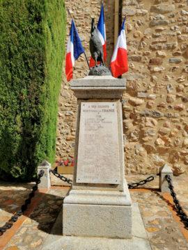 Monument aux Morts à Tresserre