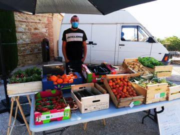 Léo Sergent -fruits et légumes au marché de Tresserre